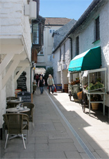 The Red Lion Yard towards the High Street